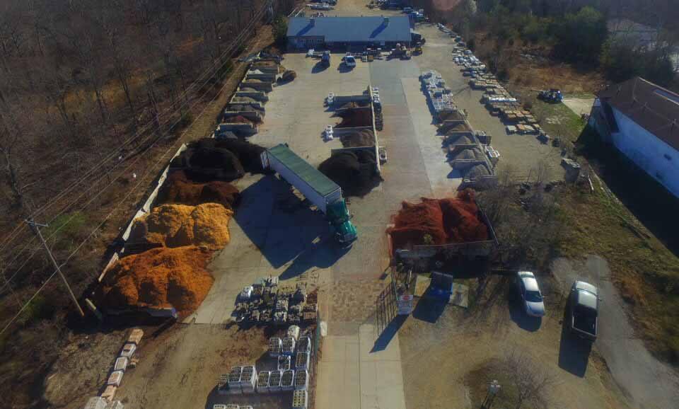 contractor-materials-stone-mulch-pic