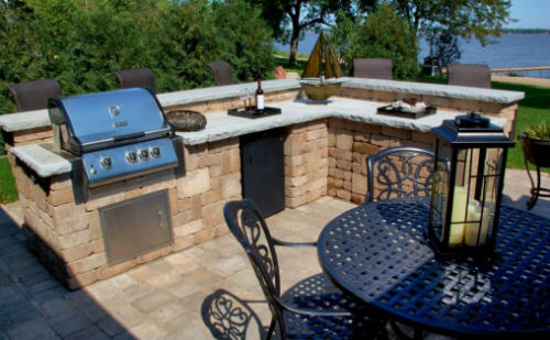 Outdoor Kitchen near Osage Beach