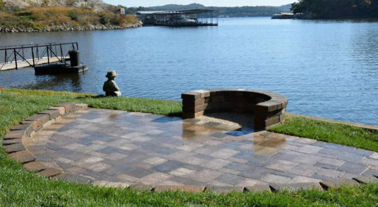 Backyard patio at Lake of the Ozarks