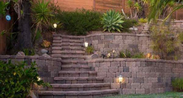 Keystone Retaining Wall System
