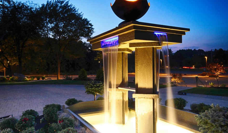 Low Voltage outdoor lighting is perfect for Landscpe lighting at your lake house.