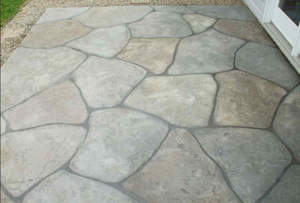 flagstone pavers in varying colors and sizes