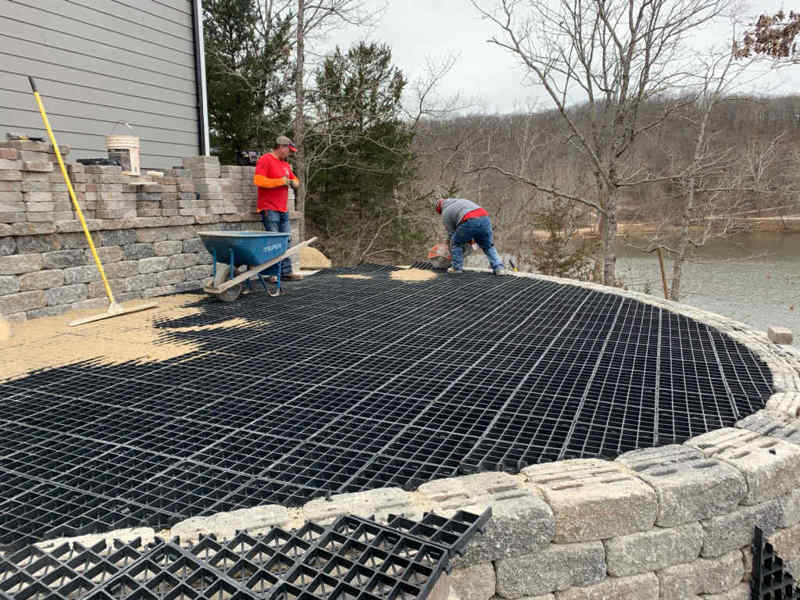 Landscape construction contractors installing the Silca SoilGrid for a patio
