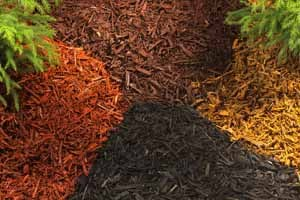 Bulk mulch piles & gravel landscaping supplies at lake of the Ozarks